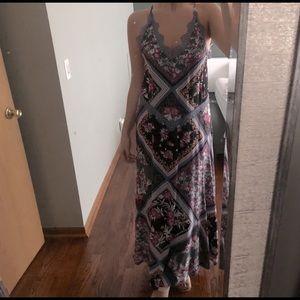 Stevie Floral Lace Trim Maxi Dress